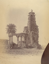 Ruined temple at Bamora